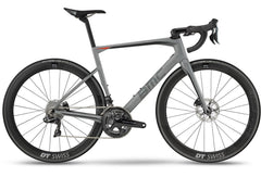 2018 BMC Roadmachine 01 Disc ONE - Dura Ace Di2 Road Bike - Racer Sportif
