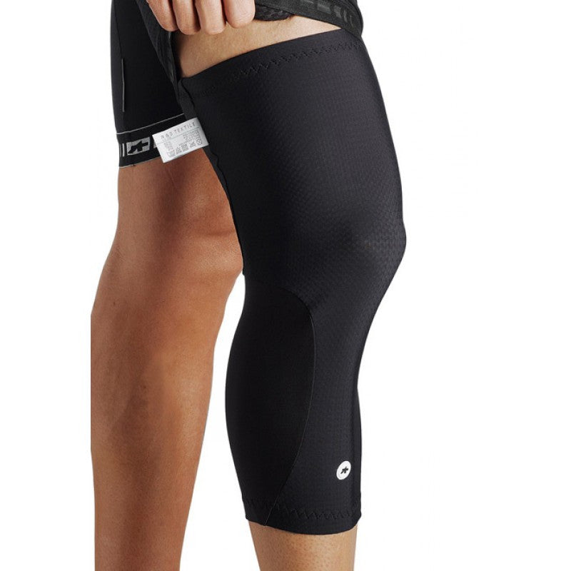 Assos knee warmer s7 black