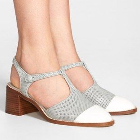 Jeffrey Campbell Oxford Flats Gray and White T Strap Chunky Heels Size 10