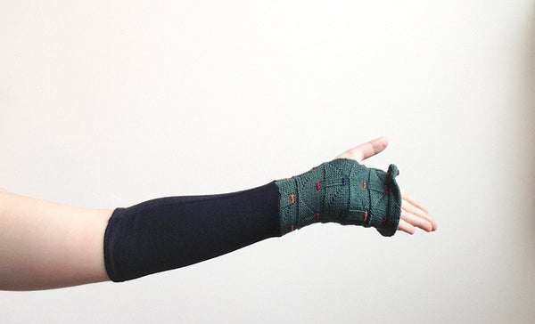 Organic Arm Warmer Texting Gloves in Black Wool + Green - Short -  - Arm Warmers - Bliss Joy Bull - 3