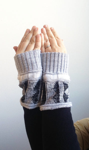 Organic Arm Warmer Texting Gloves in Black + Blue Rib -  - Arm Warmers - Bliss Joy Bull - 4