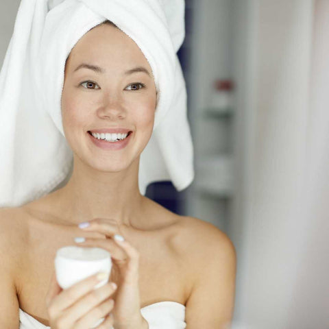 6 Tips To Get Healthy, Moisturized Skin Overnight