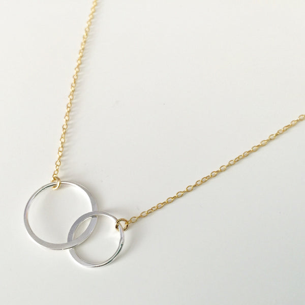 Two Tone Interlocking Rings Necklace