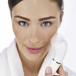 Electric Facial Cleanser/Hair Remover Braun Face 810
