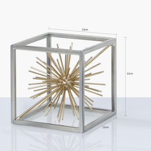 Open image in slideshow, Silver & Gold Starburst Decoration