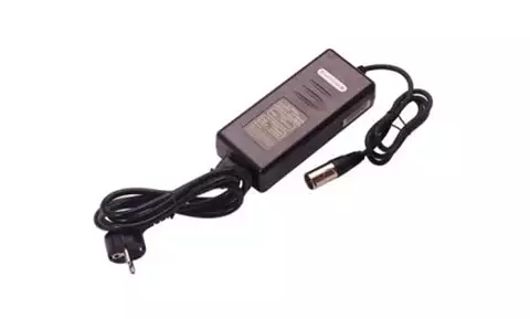 Carrier 3 pin battery charger with UK mains plug