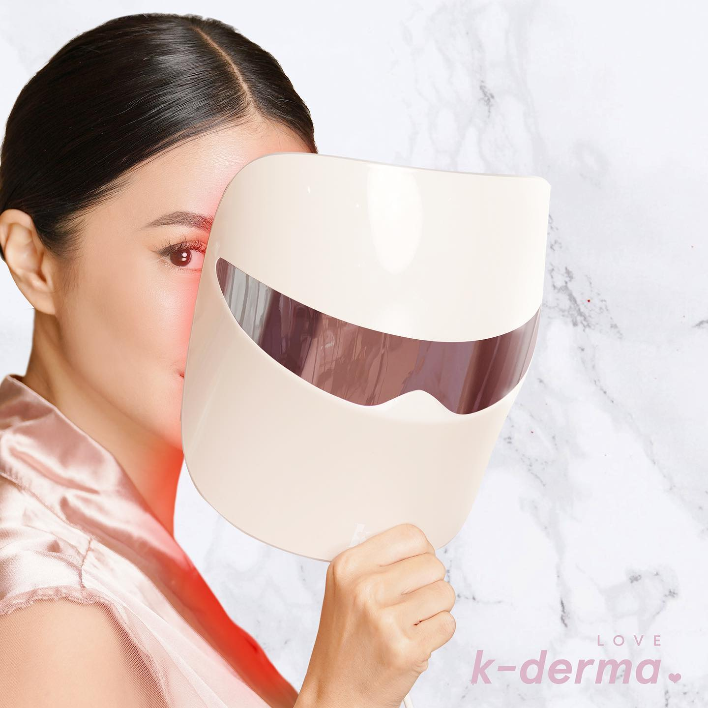 This LED Light Mask Boasts Seven Different Settings for Seven Skin Benefits