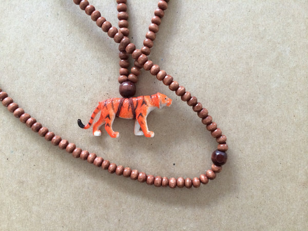 The Mama Necklace Tiger Brown