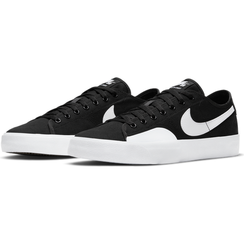 NIKE SB - BLZR COURT - BLACK/WHITE