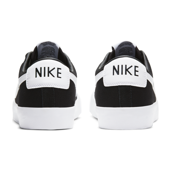 NIKE SB - ZOOM BLAZER NEW LOW PRO GT - BLACK/WHITE