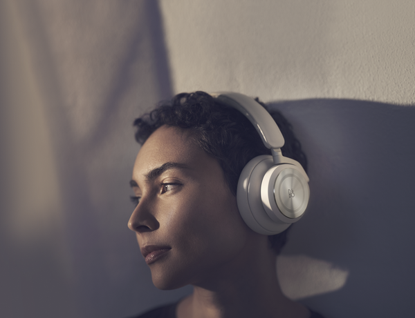 BEOPLAY HX ELLER BEOPLAY H9?