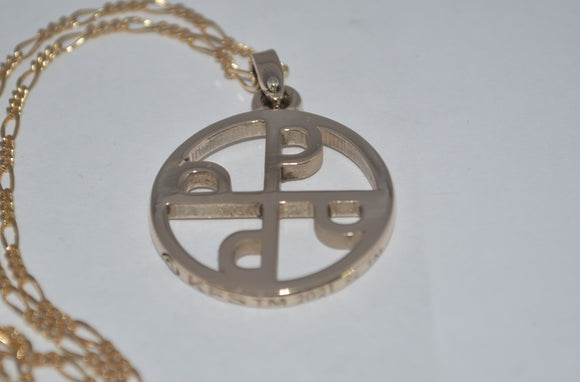 GOOD MARK PENDANT IN YELLOW GOLD