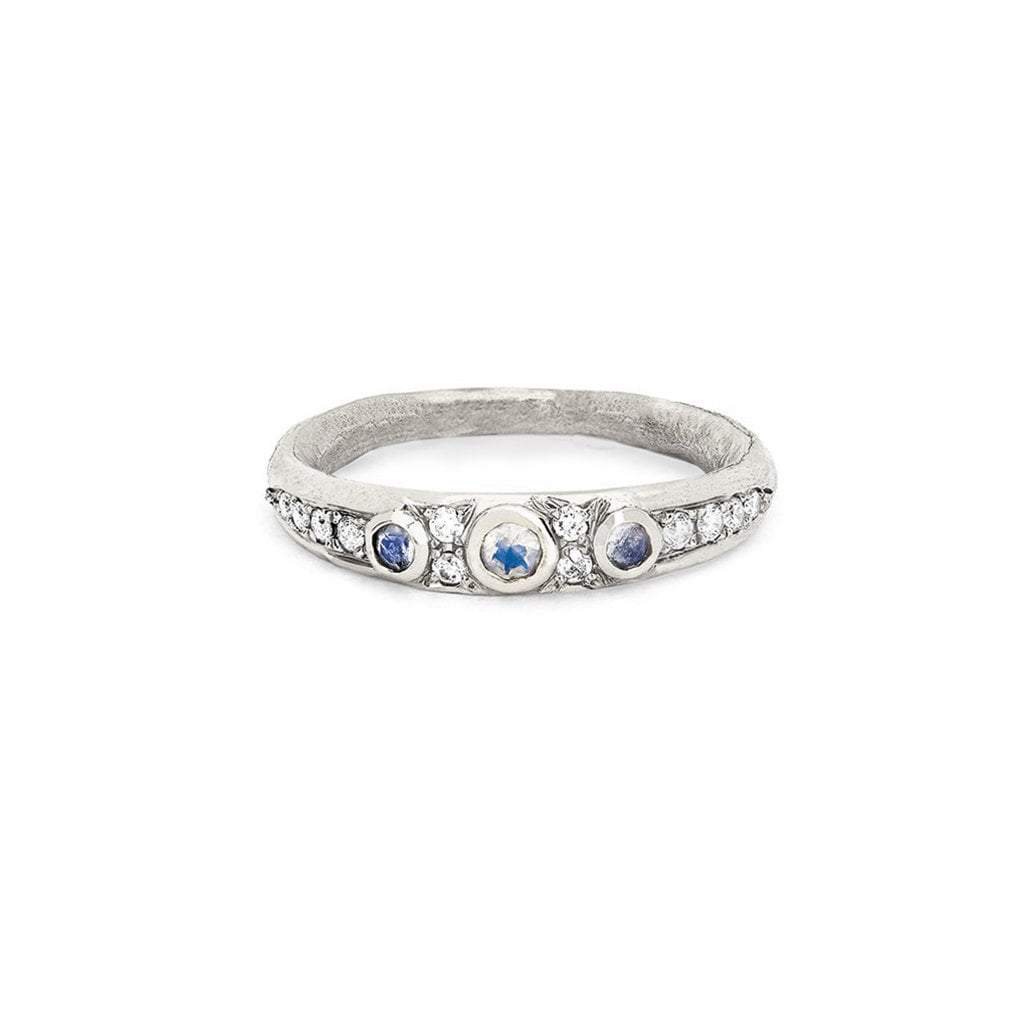 3 Blue Moonstone Queen Band Small 3 Blue Moonstone Queen Band Small