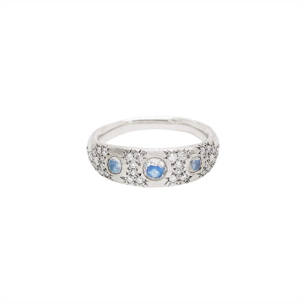 3 Blue Moonstone Pavé Queen Band 3 Blue Moonstone Pavé Queen Band