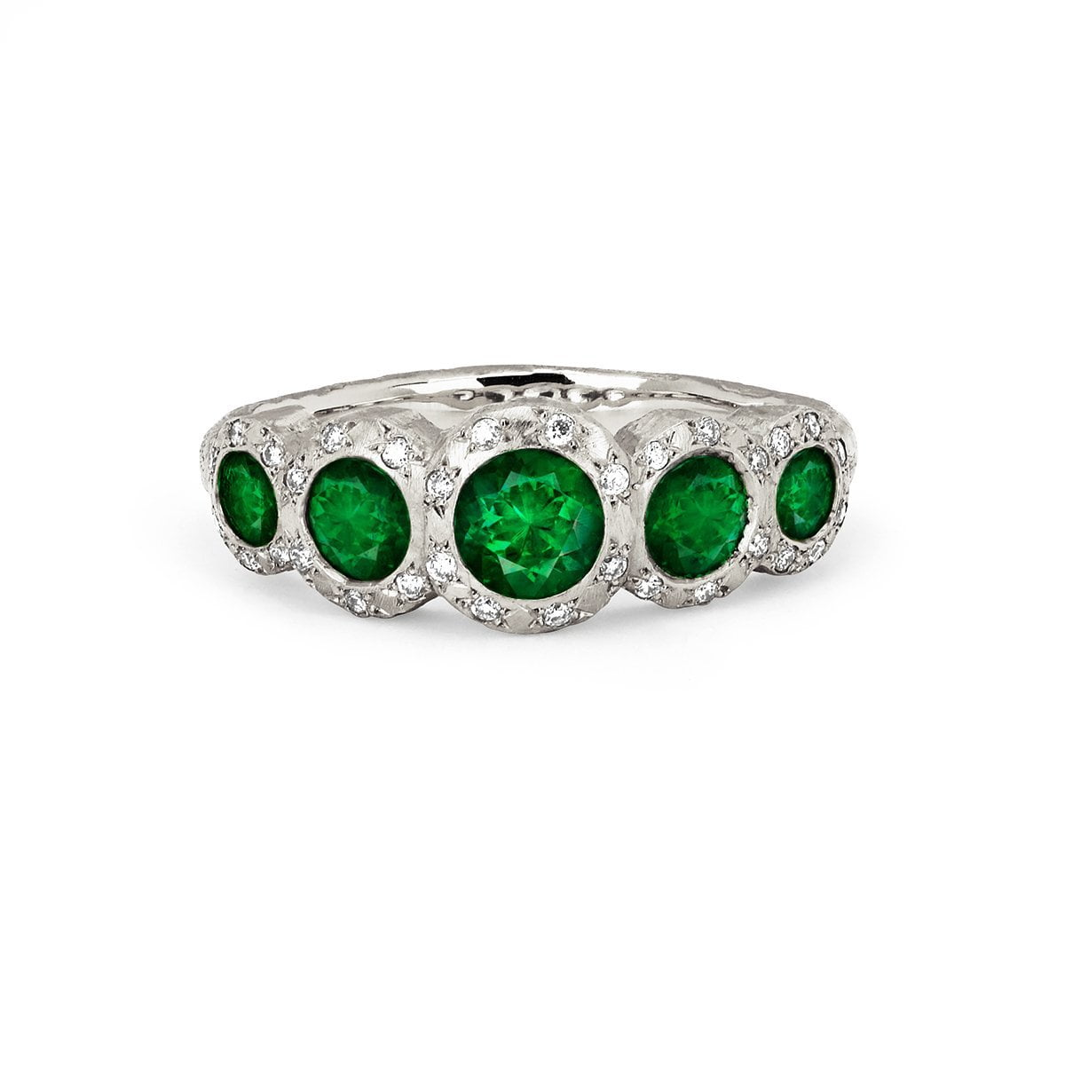 Queen 5 Emerald Band with Sprinkled Diamonds