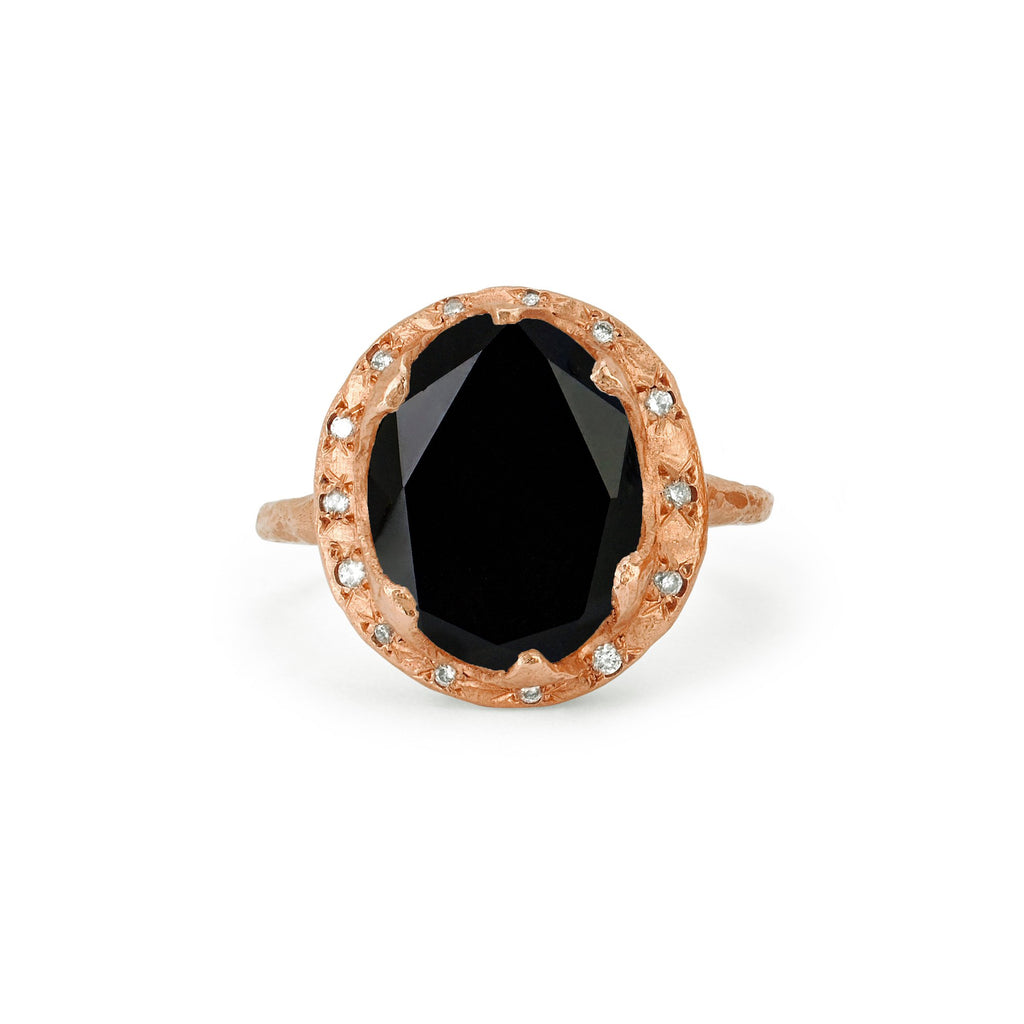 Queen Oval Onyx Ring with Sprinkled Diamonds Rose Gold