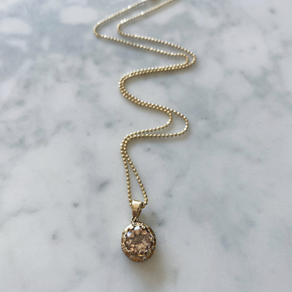Queen Oval Rosecut Morganite Pendant Necklace with Sprinkled Diamonds Queen Oval Rosecut Morganite Pendant Necklace with Sprinkled Diamonds