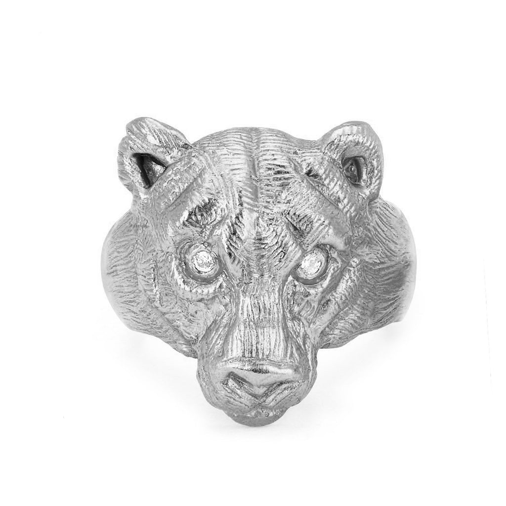 18k Wilderness Lioness Ring White Gold