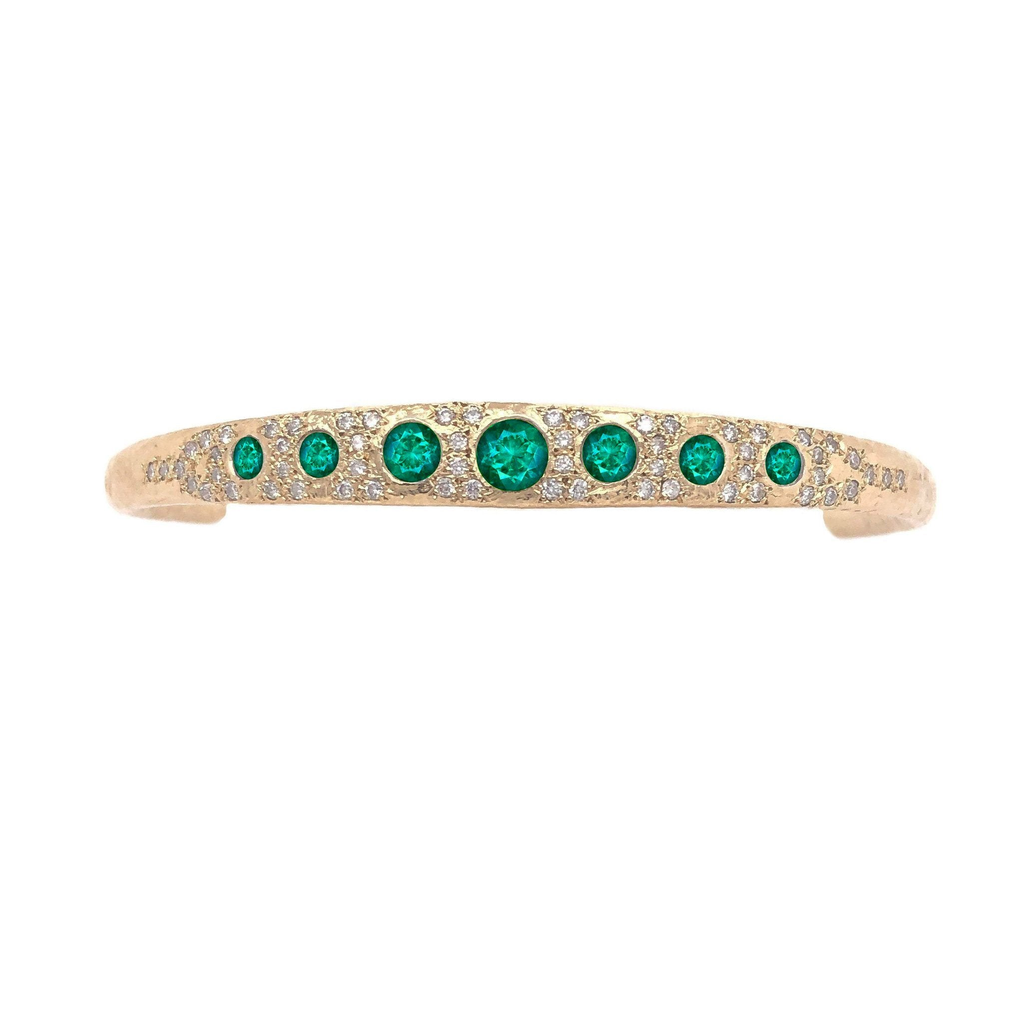 Queen Emerald Cuff with Pavé Diamonds