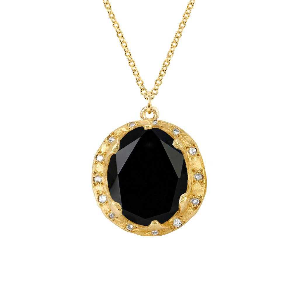 Queen Oval Onyx Necklace with Sprinkled Diamonds