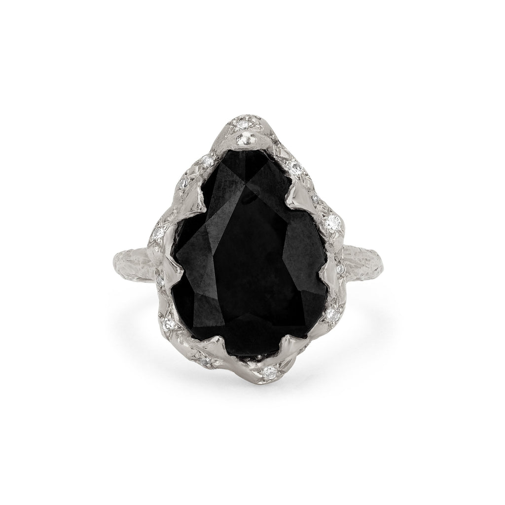 Queen Water Drop Onyx Ring with Sprinkled Diamonds Queen Water Drop Onyx Ring with Sprinkled Diamonds