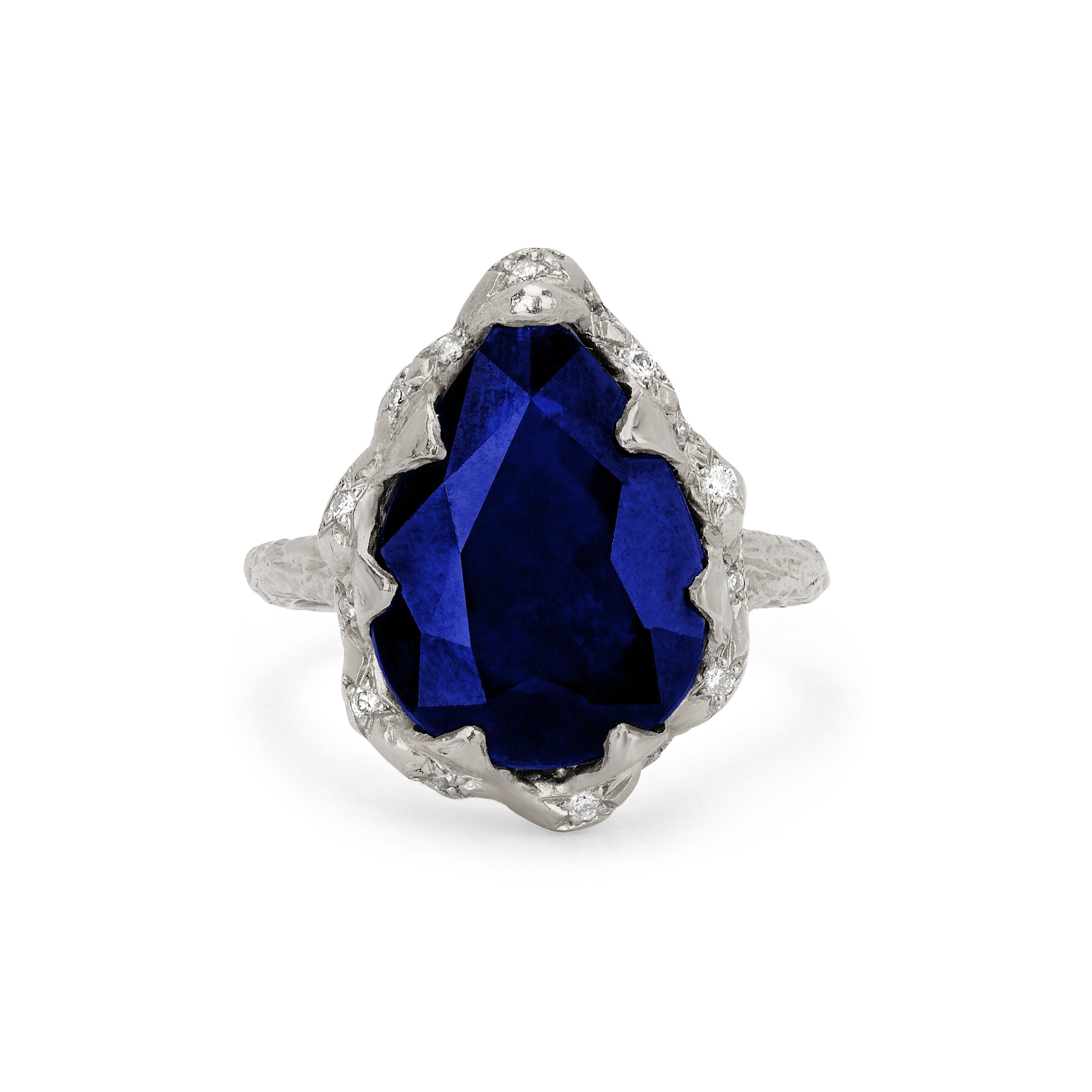 Queen Water Drop Sapphire Ring with Sprinkled Diamonds