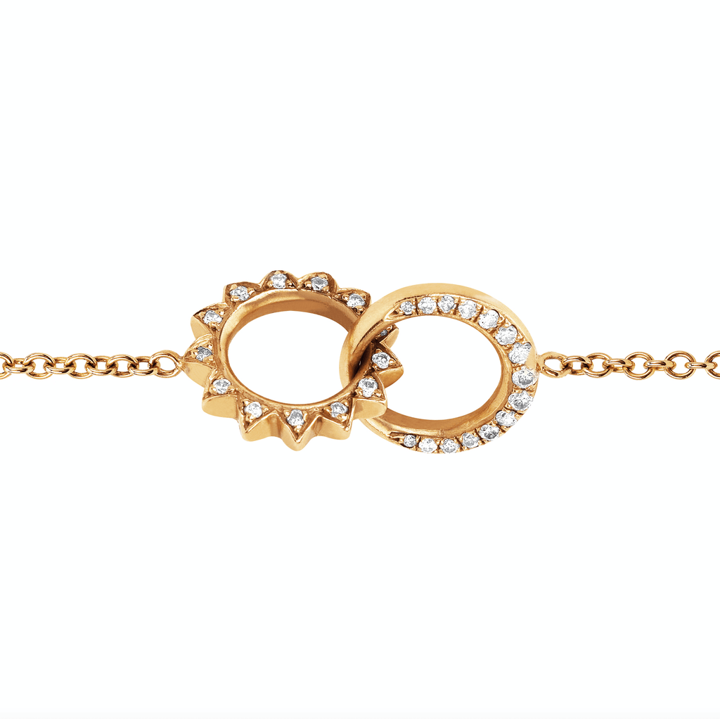 Pavé Diamond Interlocking Unity Bracelet Yellow Gold