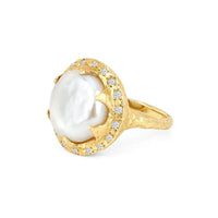 Queen Diamond and Lunar Pearl Ring Queen Diamond and Lunar Pearl Ring