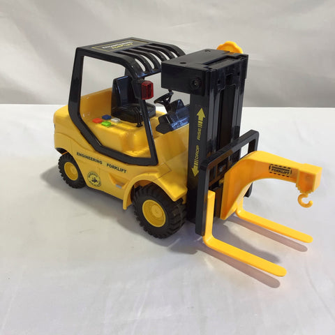Engineering Forklift