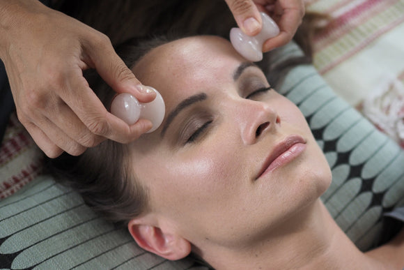 FACIAL MASSAGE + TOOLS