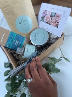 THE SIGNATURE MOTHERS DAY GIFT SET
