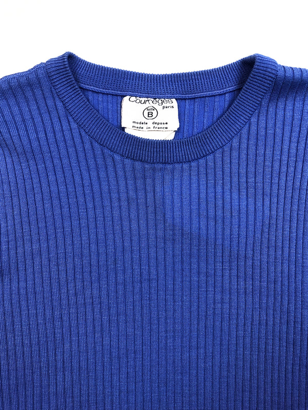 courreges vintage blue top at plaisir palace paris marais vintage store eshop online plaisirpalace.fr paris le marais best of vintage luxury second hand fashion week haute couture