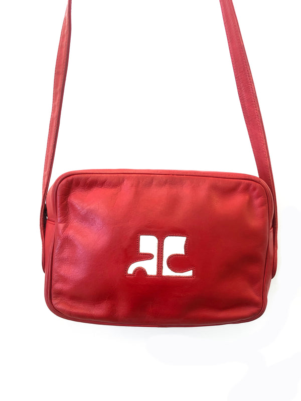 courreges vintage handbag in red leather at plaisir palace Paris
