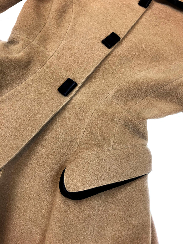 thierry mugler vintage wool coat plaisir palace the high-end vintage boutique Paris second-hand luxury second-hand second-hand clothing store