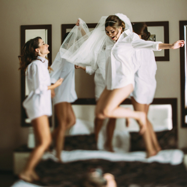 5 things your bridesmaids can't forget