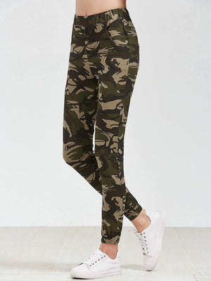 Get Camo Print Elastic Waist Pants with RS. 1224.00