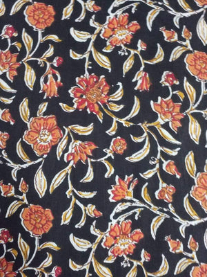 Floral Spread Printed Cotton Cambric Fabric - Zooomberg
