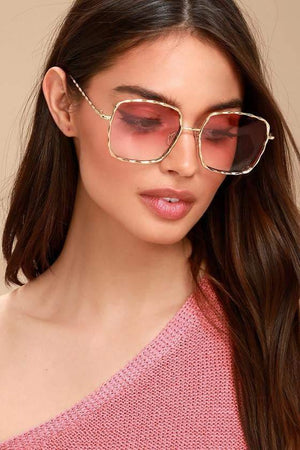 Get Square Wavy Frame Stylish Sunglass with RS. 439.00