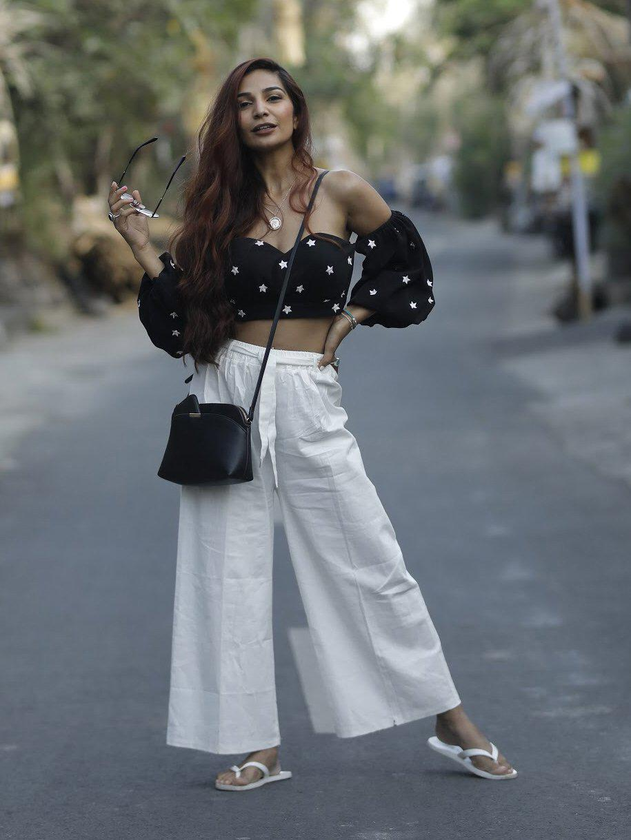 Black Off Shoulder Balloon Sleeve Crop Top With Star Embroidery - zooomberg