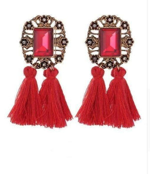 Get Vintage Crystal Tassel Dangle Earring with RS. 260.00