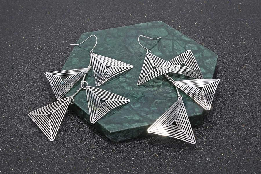 Silver Brincos Triangle Metal Earrings