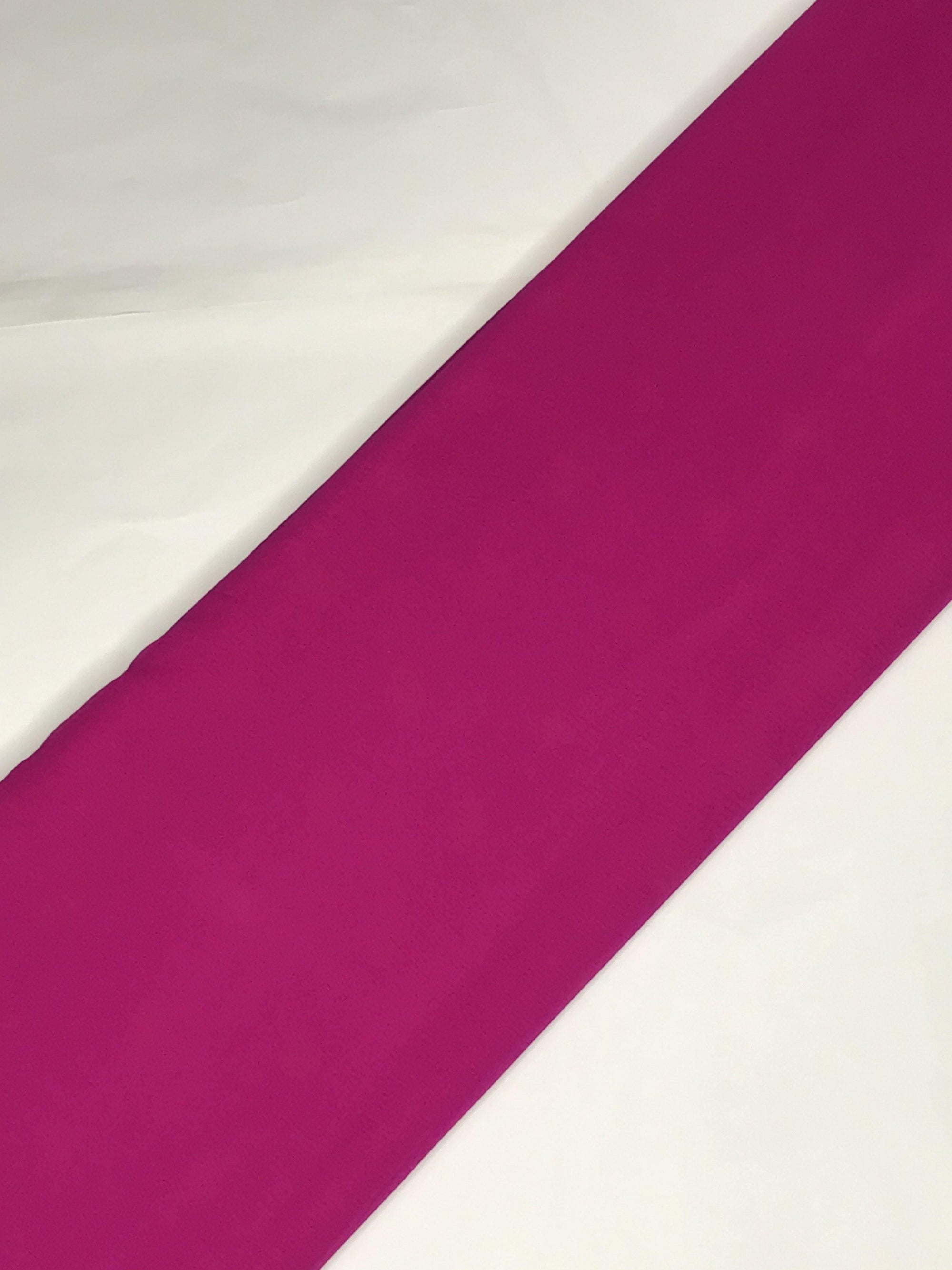 Magenta Georgette Plain Dyed Fabric (Width - 44 inches)