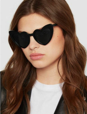 Black Oversized Vintage Heart Shaped Sunglasses