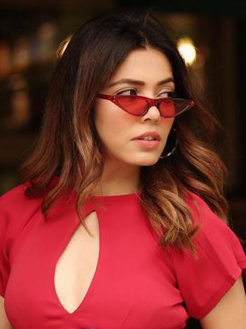 Red Feminine Cat-Eye Sunglasses - Sunglasses - Zooomberg - Zoomberg