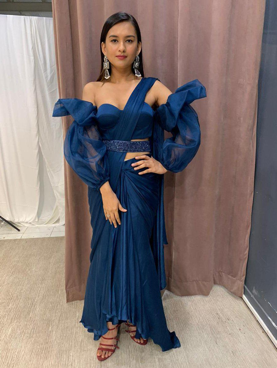 Teal Blue Skirt Drape Saree With Balloon Sleeve Off Shoulder Blouse And Embellished Belt - Two Piece Outfits - Zooomberg - Zoomberg