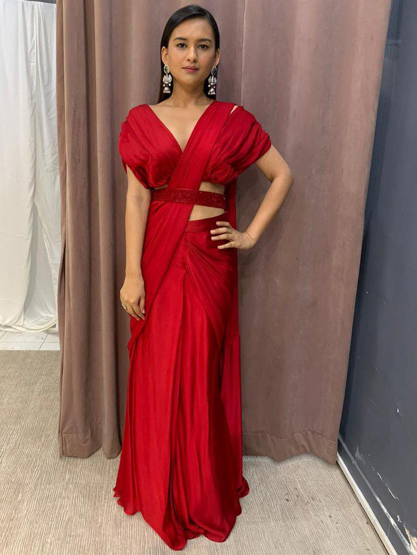 Red Satin Pleated Blouse With Pleated Drape Saree And Embellished Belt Zooomberg