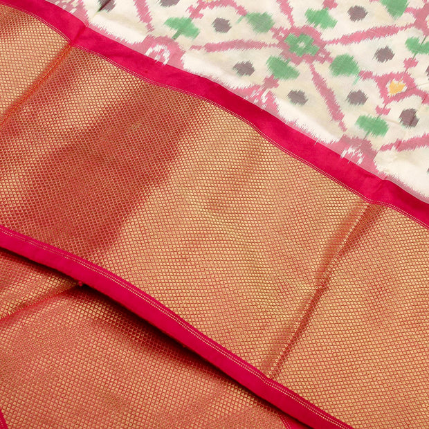 Kuberan White Pochampally Silk Saree