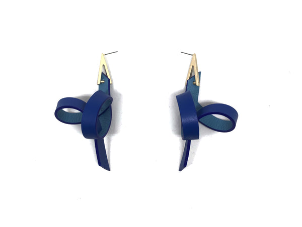 Blue Single Loop Leather Earring  藍色皮革單圈耳環