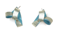 Shimmer Baby Blue Trinity Leather Earring  粉藍色金屬皮革三角耳環