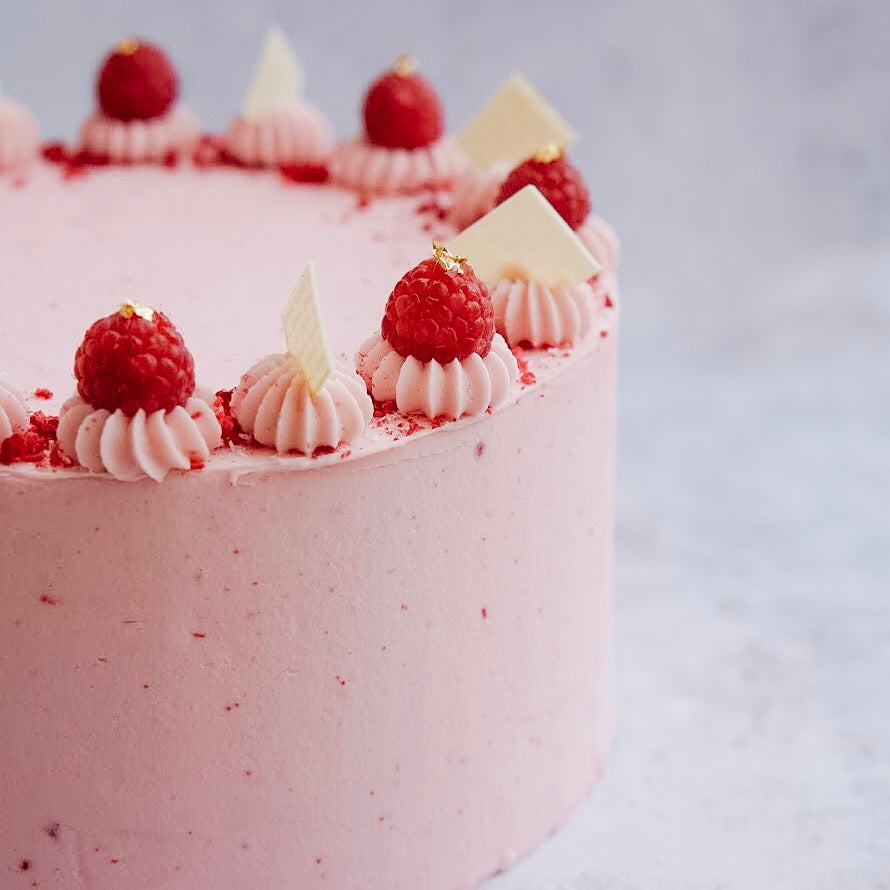 Coconut & Raspberry Cake